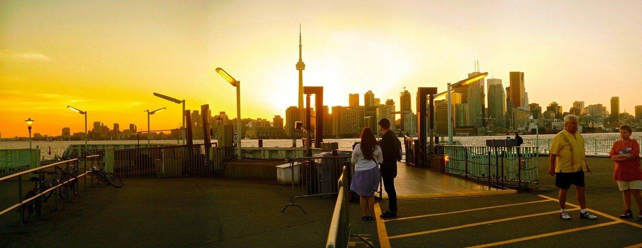Власти Канады планируют до 1 июля внести изменения в закон о гражданстве