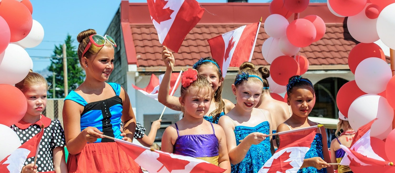 Новая социальная программа Канады: достойные детские пособия